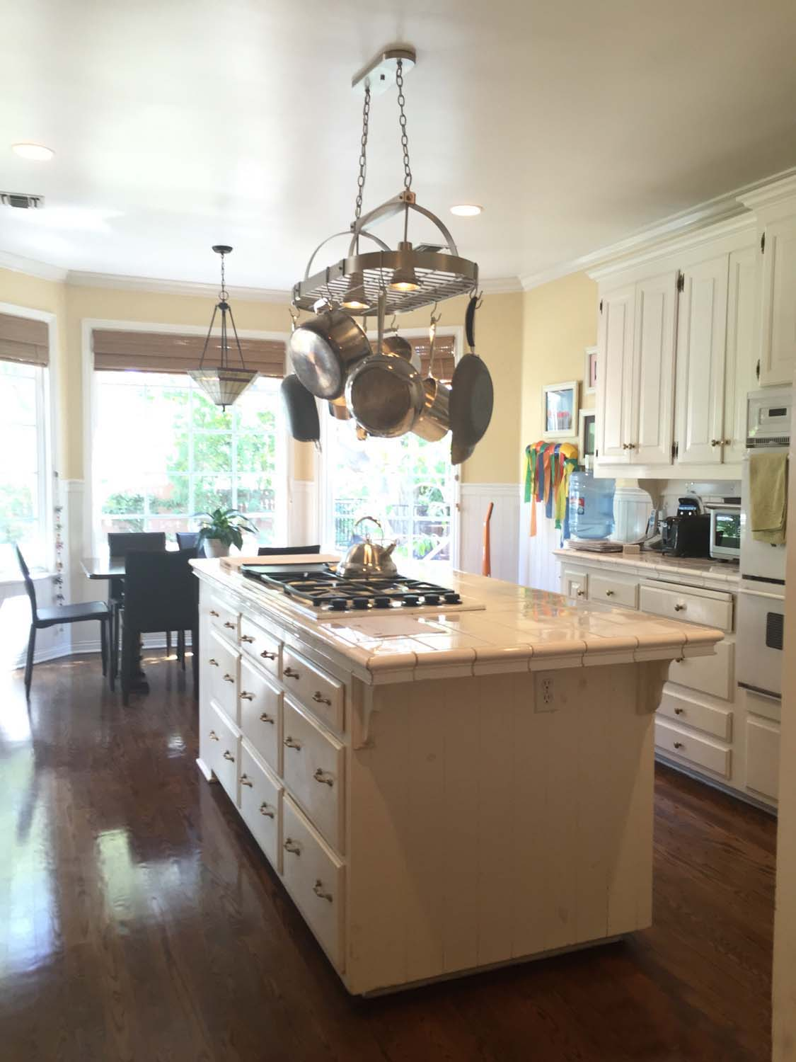 La Cañada-Flintridge Kitchen Makeover - Before